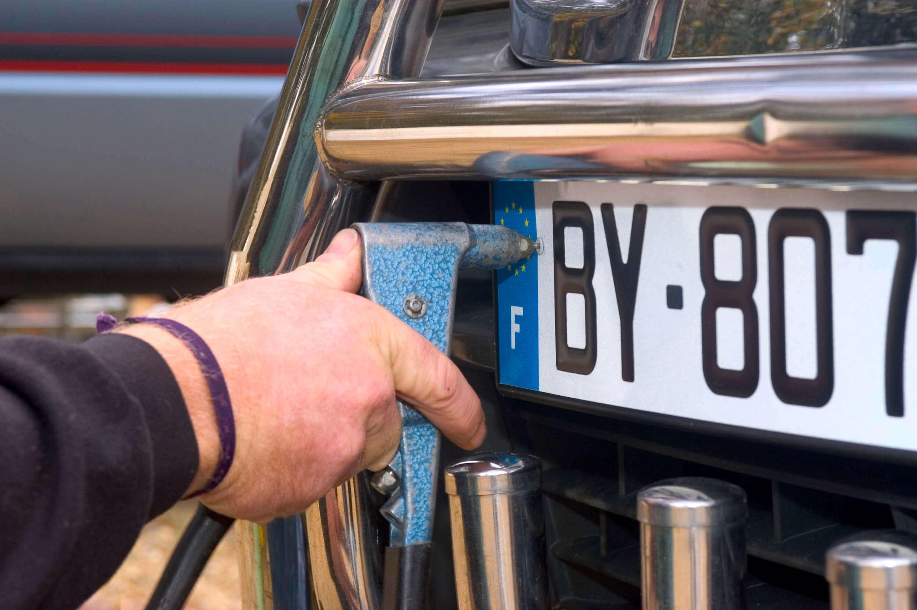Auto Anmelden Unterlagen Kosten Co Autowelt
